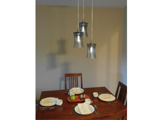 Picture of Atmospheric Series Hourglass Pendant Chandelier 3 pc