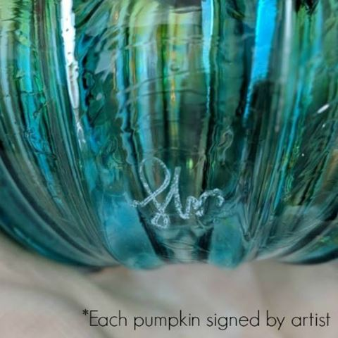 Frosted Candy Glass Pumpkin